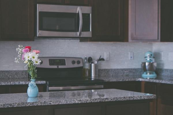 Wyspa kuchenna - co tojest? Kuchnie Pinio Tychy projektowanie kuchni zwyspą kuchenną