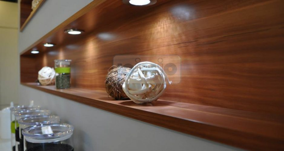 Drewno w kuchni na ścianę