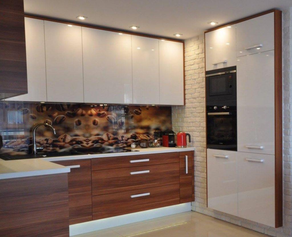 Fronty doszafek kuchennych - jakie wybrać lakierowane fronty Kuchnie Pinio