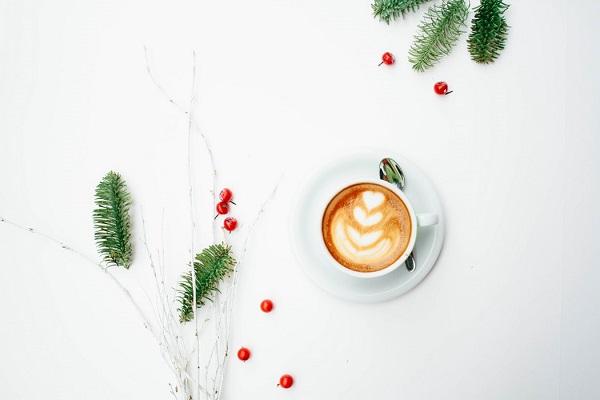 Wystrój kuchni naBoże Narodzenie, świąteczne śniadanie, ozdoby świątecznego stołu, Kuchnie Pinio