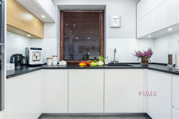 Firmy projektujące kuchnie - projekt kuchni Gliwice - wykonanie Kuchnie Pinio.