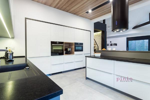 Firmy projektujące kuchnie - projekt kuchni Tychy - wykonanie Kuchnie Pinio.