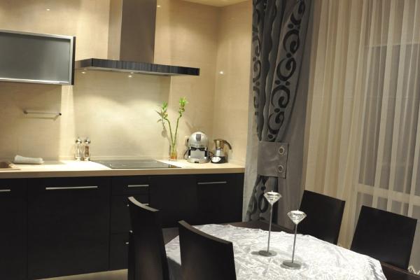 Modne firanki dokuchni - długie zasłony dokuchni - kuchnia nawymiar wwykonani Kuchnie Pinio
