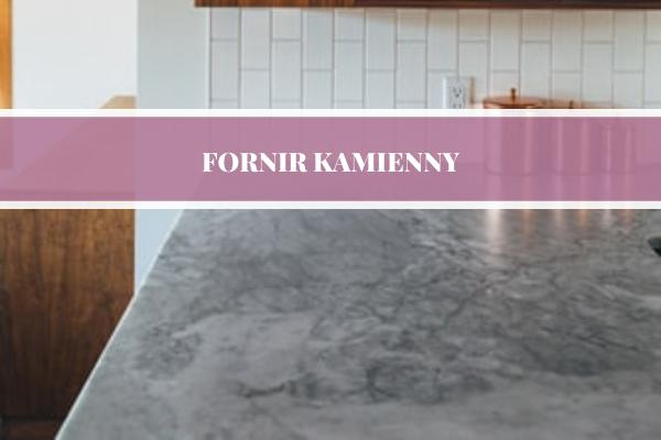 Fornir kamienny w kuchni - projektowanie kuchni Katowice przez Kuchnie Pinio